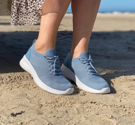 Lys blå Sneakers slip on light blue sneakers
