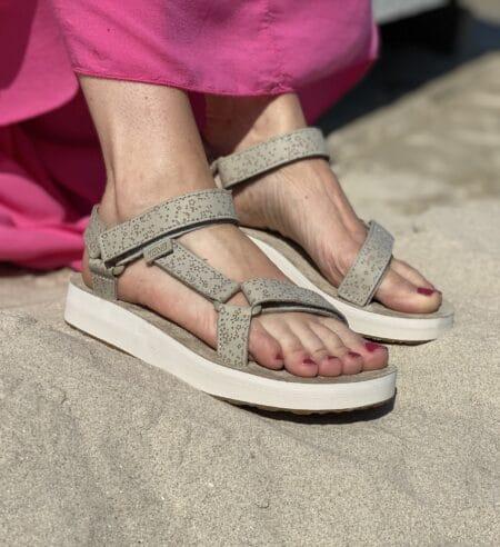 teva midform universal star plateau sandal hvide