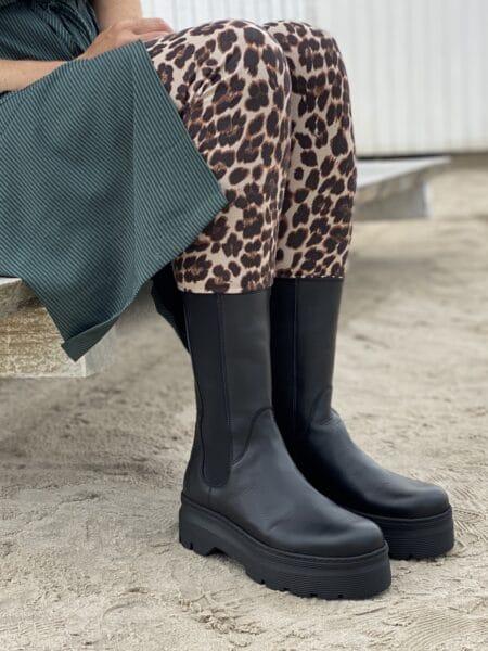 Pavement Aya sort høj støvle