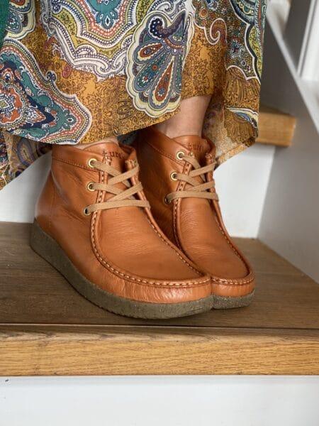 Nature shoes emma milled leather læder chestnut cognat kort støvle bæredygtig støvle sko eco sko blokhus hune