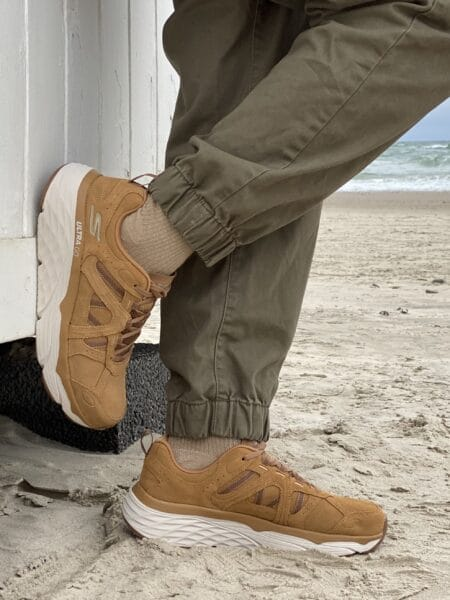 Skechers Max Cushioning Elite Alpine Expression dame sneakers 128142 nord sko blokhus hune strand