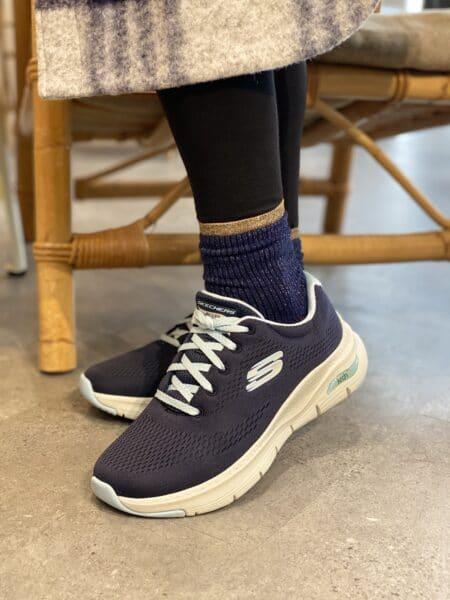 Skechers Arch Fit Sunny Outlook sneakers 149057 black sort blå navy nord sko