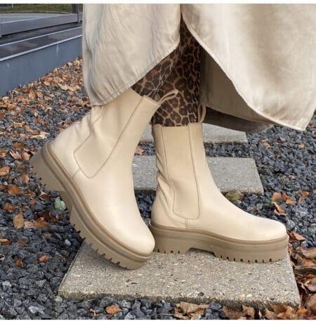 Copenhagen shoes style going råhvide støvler beige støvler med elastik læder