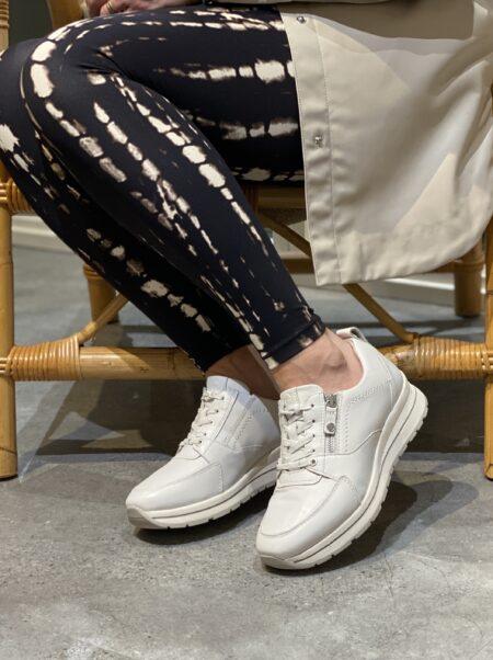 tamaris hvid læder sneakers med lynlås 1-23740-26