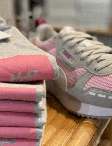h2o t-shirt puma sneakers lyserød