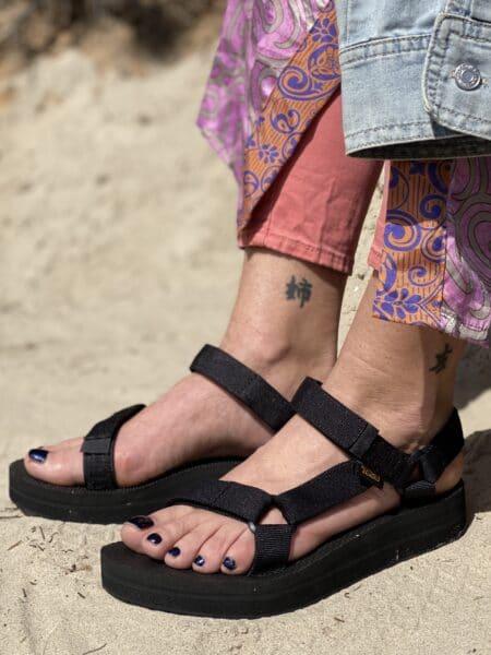 teva midform universal sort plateau sandal
