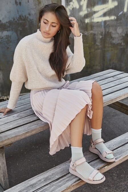wl926 woden rosa sandal med velcro