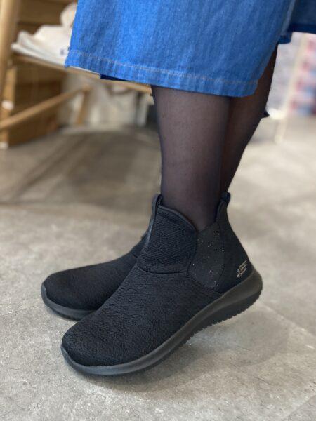 Skechers Ultra Flex High Rise Damestøvle vinter vinterstøvle dame 12835 sort nord sko
