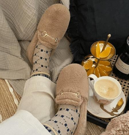 Copenhagen Shoes Faux fur Taupe beige pels falsk metalspænde guld gummisål hjemme sko sin-on slip-ons slip on ons CS5743 Nordsko Hune Blokhus