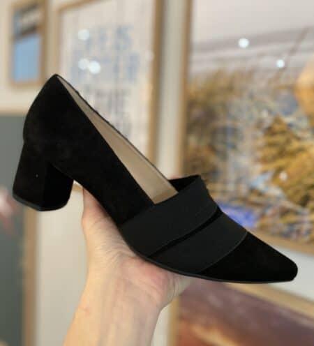 Suede ruskind blokhæl stiletter pumps sko sort læder leather spids sko